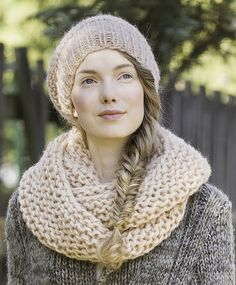 Novita scarf patterns, Tube scarf made with Novita Lehtol yarn #novitaknits #knitting #knits https://www.novitaknits.com/en