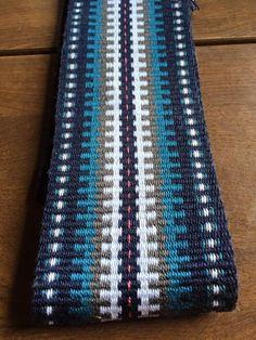 Inkle Weaving Patterns, Peyote Patterns, Loom Weaving, Card Weaving, Tablet Weaving, Inkle Loom, Willow Weaving, Weaving Projects, Bargello