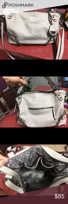 Jessica Simpson Handbag Off White Grey/Taupe Color, Mid-Size Bag. Used Once & Put In Closet Jessica Simpson Bags Totes