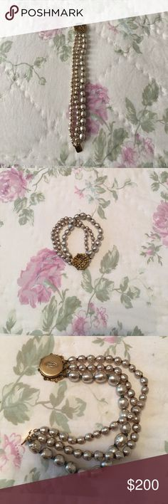Miriam Haskell pearl bracelet Champagne in color/gold clasp. Small wrist Miriam Haskell Jewelry Bracelets