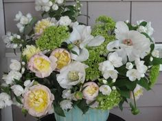 Week 21 // Slow Flowers Challenge with Mock Orange and Garden Peonies Mock Orange, Peonies Garden, Peony, Hydrangea, Design Projects, Floral Arrangements, Floral Design, Floral Wreath, Bouquet