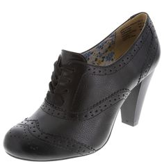 Finally found a pair of comfortable, inexpensive black oxford pumps - SO EXCITED for fall weather!