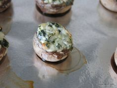 Easy Stuffed Mushrooms with Cream Cheese and Spinach - The Dinner-Mom