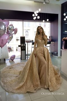 Wedding dress Baigy by Olivia Bottega, mermaid wedding dress with a top full skirt of satin and glitter gold tulle, gold wedding dress Gold Wedding Gowns, Sexy Wedding Dresses, Bridal Gowns, Prom Dresses, Arabic Wedding Dresses, Lace Wedding, Spring Wedding, Elegant Wedding, Rustic Wedding