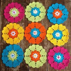 colorful crochet flowers from joycelovescrochet Crochet Squares, Crochet Granny, Crochet Motif, Crochet Doilies, Crochet Stitches, Knit Crochet, Crochet Flower Patterns, Crochet Designs, Crochet Flowers