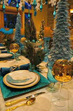 Peacock Tablescape with Aqua & Gold Peacock Christmas Decorations, Peacock Christmas Tree, Turquoise Christmas, Love Decorations, Peacock Decor, Peacock Theme, Thanksgiving Decorations, Peacock Wedding, Holiday Centerpieces