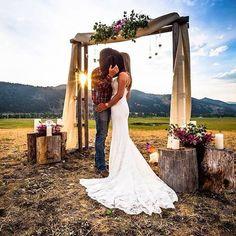 Wedding Pics, Wedding Bells, Wedding Events, Wedding Stuff, Wedding Gowns, Wedding Themes, Luxury Wedding, Dream Wedding, Wedding Day