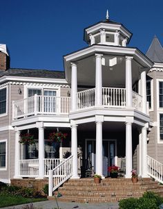 Endurance Original in White with Turned Balusters and Endurance Post Sleeves