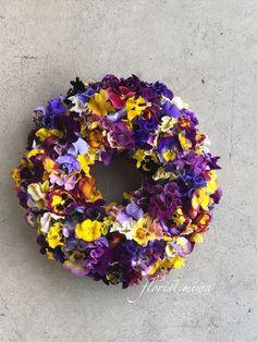 スミレのラグジュアリーリース フラワー・リース florist.miwa ハンドメイド通販・販売のCreema