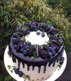 Pretty Birthday Cakes, Pretty Cakes, Cute Cakes, Beautiful Cakes, Yummy Cakes, Amazing Cakes, Cute Desserts, Delicious Desserts, Cake Recipes