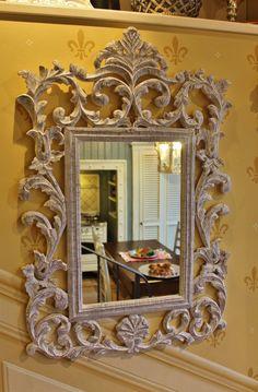 Specchio classico in legno intagliato #classic #complements #architecture #interiordesign #mirror Rococo, Frames, Mirror, Furniture, Home Decor, Decoration Home, Room Decor, Frame, Mirrors