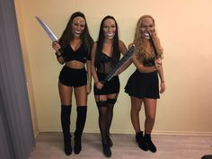 25 Halloween Costumes for College Students Ashley Lynn black halloween costumes : 25 Halloween Costumes for College Students Ashley Lynn black halloween costumes Badass Halloween Costumes, Women Halloween, Halloween 2018, Prisoner Halloween, Halloween Outfits For Women, Biker Halloween, Halloween Costumes Women Scary, Halloween College, Halloween Inspo