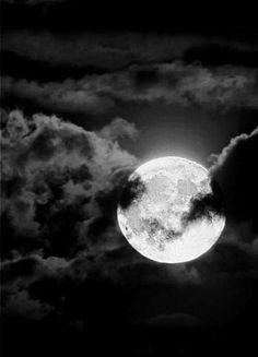 Full moon At Driftwood Beach, Jekyll Island, GA Blue Moon Blue Moon is up, up, and away. Full Moon Midnight sail under a. Cloud Tattoo, Tattoo Stars, Halloween Moon, Luna Moon, Shoot The Moon, Moon Pictures, Moon Photography, Beautiful Moon, Moon Lovers