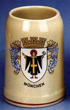 Munchen German City Crest Mug