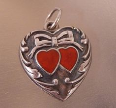 VINTAGE STERLING RED ENANEL DOUBLE HEARTS REPOUSSE PUFFY SWEETHEART CHARM  #842B