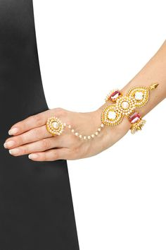 Prerto presents Dragon Lotus Hand Harness available only at Pernia's Pop-Up Shop. Indian Jewelry Earrings, Fancy Jewellery, Hand Jewelry, Ethnic Jewelry, Flower Jewelry, Salwar Kameez, Indian Look, Indian Style, Handmade Rakhi