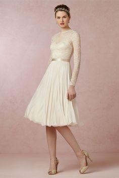 Vinatge Illusion Jewel Neck Lace Appliqued A-line Knee Length Chiffon Wedding Dress _1