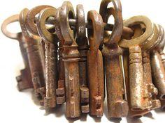 Great old keys   ..rh