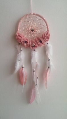 Dream Catcher Craft, Dream Catcher Mobile, Dream Catchers, Diy Crafts For Bedroom, Diy Arts And Crafts, Xmas Theme, Medicine Wheel, Ideas Hogar, Creation Deco