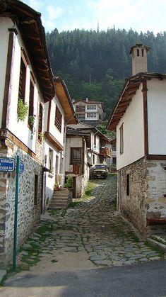 The narrow streets of Bulgaria