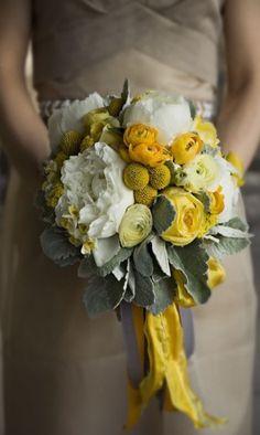 This would be pretty for a winter wedding!  Bridal flowers   Keywords: #bridalflowers #jevelweddingplanning Follow Us: www.jevelweddingplanning.com  www.facebook.com/jevelweddingplanning/