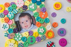 Creative Company | Polimeerklei-projekte: Knopekarnaval Creative Company, Polymer Clay, Craft Projects, Kids Rugs, Crafts, Home Decor, Projects, Manualidades, Decoration Home