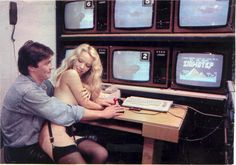 Hilarious promotional pictures from old computer adverts (Page - General Discussion - Forums Computer Love, Gaming Computer Desk, Vintage Video Games, Retro Arcade, Retro Advertising, Old Computers, Best Ads, Love Is Free, Vintage Ads