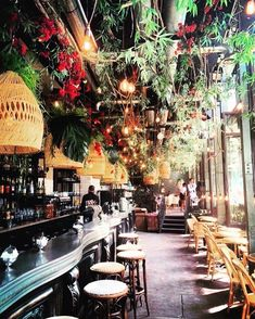🍃 We feature the best of #indoorplantsdecor 😍 ! Follow us for inspiration and to spread the love of beautiful Indoor Plant Decor 🌿 -- Featuring @interiors__square Decoration Restaurant, Design Bar Restaurant, Restaurant Paris, Modern Restaurant, Paris Cafe, Paris Restaurants, Restaurant Ideas, Bistro Interior, Cafe Interior