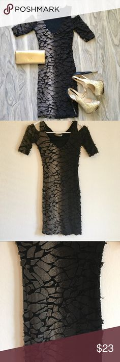 Arden B gray gradient bodycon dress Lovely gradient black/gray dress Arden B size XS. Beautiful dress. It is made with small pieces of fabric attached to the dress. I've only worn this once Arden B Dresses Mini