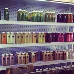Pressed Juices Fresh Juice Bar, Juice Cleanses, Pressed Juice, Cafe Shop, Juicing, Stove, Packaging Design, Detox, Roast
