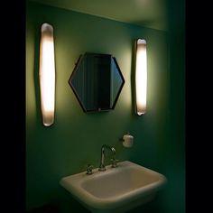#greenmachine #demores #geniuses #designandcreation #contemporaryart #curated #allshapesandsizes #marthamoosdesign #decoration #green #glow