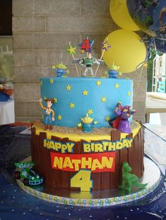 Toy Story Cake. If anyone knows where I can get a cake similar to this please please please let me know.