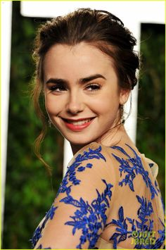 Lily Collins (Actor)