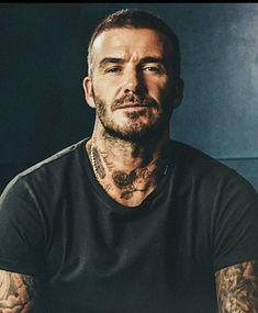 David Beckham Tattoos, David Beckham Haircut, Moda David Beckham, David Beckham Style, Short Hair Lengths, Short Hair Styles, Best Dressed Man, Fresh Hair, Hair And Beard Styles