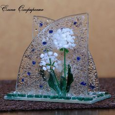 салфетница Fused Glass Art, Stained Glass, Glass Fusion Ideas, Glass Fusing Projects, Glass Art Pictures, Glass Flowers, Glass Candle Holders, Glass Garden, Napkins