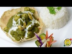 Cashew Makhai Phool Saag- By Vahchef @ vahrehvah.com Reach vahrehvah at Website - www.vahrehvah.com/ Youtube - www.youtube.com/... Facebook - www.facebook.com/... Twitter - twitter.com/... Google Plus - plus.google.com/... Flickr Photo - www.flickr.com/... Linkedin - lnkd.in/nq25sW