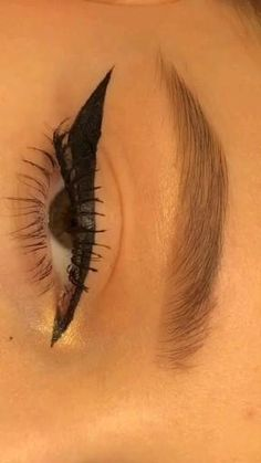 Edgy Makeup, Makeup Eye Looks, Grunge Makeup, Eye Makeup Steps, Eye Makeup Art, Eyebrow Makeup, Pretty Makeup, Skin Makeup, Eyeshadow Makeup