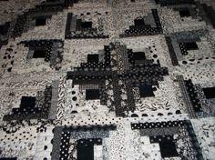Black & white log cabin star