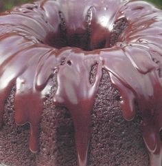 Please visit my daily recipe page: Seasonal and Holiday Recipe Exchange * link button below Chocolate Bundt Cake, Chocolate Glaze, Chocolate Cherry, Cake Recipe For Decorating, Cake Decorating With Fondant, Bunt Cakes, Cupcake Cakes, Cake Mix Cobbler, Cake Pop Displays