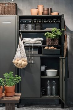 Luxury Homes Interior, Home Interior, Easy Home Decor, Cheap Home Decor, Billy Ikea, Ikea Kitchen Cabinets, Cupboards, Kitchen Storage Solutions, Home Decor Accessories