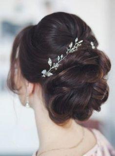 New Wedding Hairstyles Chignon Style Ideas Pakistani Wedding Hairstyles, Wedding Hairstyles For Long Hair, Bride Hairstyles, Hairstyle Wedding, Hairstyles Haircuts, Indian Bun Hairstyles, Princess Hairstyles, Modern Hairstyles, Medium Hairstyles