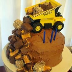 Tonka cake- this is what I want to do for Evans 2nd birthday cake!