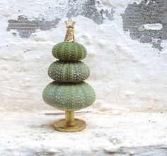 A sea urchin Christmas tree on Etsy...how clever is this!?
