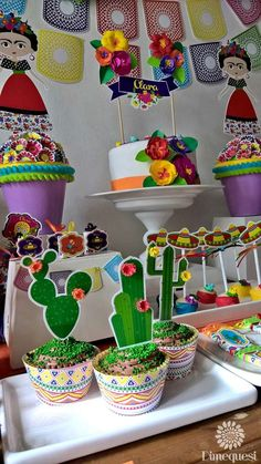 Dimequesi 's Birthday / Fiesta / Mexican - Photo Gallery at Catch My Party Mexican Birthday Parties, Birthday Party For Teens, Mexican Party, Birthday Party Themes, Party Fiesta, Festa Party, Frida Kahlo Party Decoration, Mexican Candy Bar, Frida Kahlo Birthday