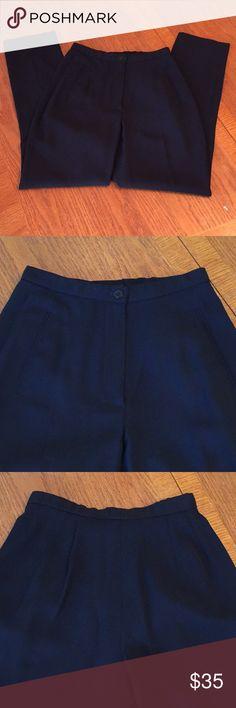 🔥DONNA KARAN NEW YORK🔥WOMENS WOOL PANTS DKNY Women's Black Pants. 100% Wool. 12 Inch Waist. 27.5 Inch Inseam. 38 Inch Outseam. Perfect condition. Women's size 2. DKNYC Pants