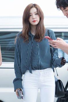 """Seulgi được đề cử giải """"Rising Star"""" nhờ gu thời trang chất lừ"""
