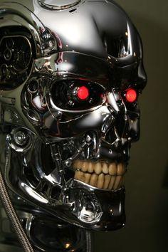 Under the Radar: Terminator: The Sarah Connor Chronicles — Strange Harbors Skynet Terminator, T 800 Terminator, Terminator Movies, Nono Le Petit Robot, The Sarah Connor Chronicles, Science Fiction, Cute Skeleton, Humanoid Robot, Movie Props