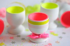 Pretty egg cups Easter Projects, Easter Crafts, Easter Decor, Eggs And Soldiers, Classroom Projects, Egg Holder, Egg Cups, Decoration Table, Happy Easter