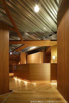 大阪の建築家による歯科医院の設計|歯科クリニックの改装実例|ホテルのような待合室2
