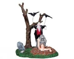 """LEMAX SPOOKY TOWN """"VAMPIRE WAKES THE UNDEAD"""" #83663"""